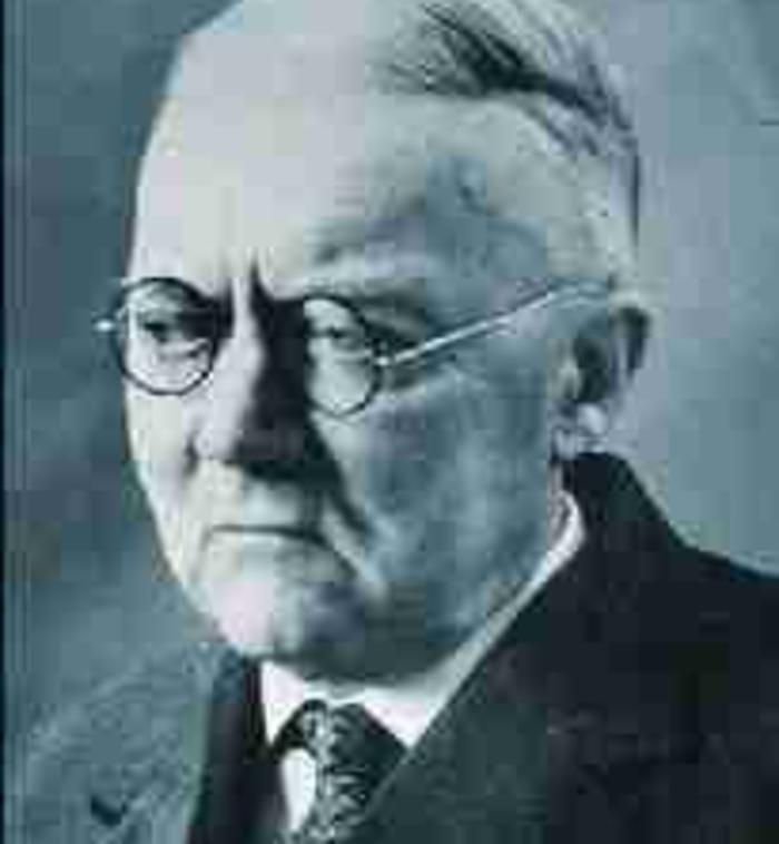 Ernst Öpik (1893-1985)