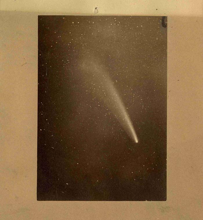Comète C/1882 R1